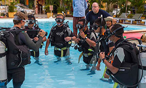 Gerard-Leenan-keeps-a-close-watch-on-Confined-Water-training-2