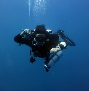 Self Reliant Diver during a safety stop