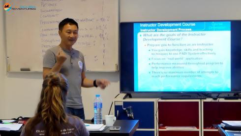 khaolak_classroom_orientation